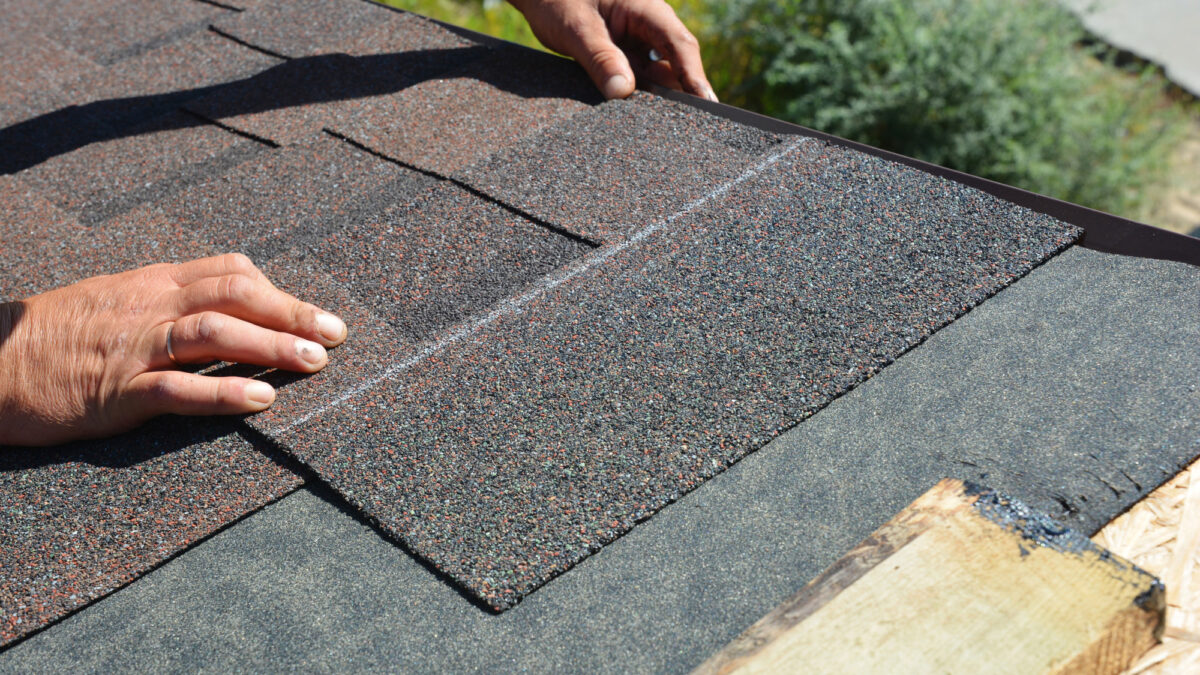 Signs Your Seattle House May Need New Asphalt Shingles